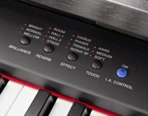 Pengaturan variasi tones, touch response pada digital piano